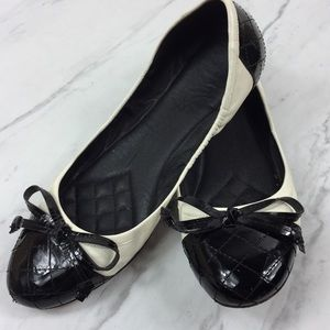Vince Camuto Ballet Flat with Quilted Toe/Heal